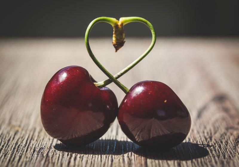 Io-e-te-siamo-ciliegie-intere-non-metà-di-mele