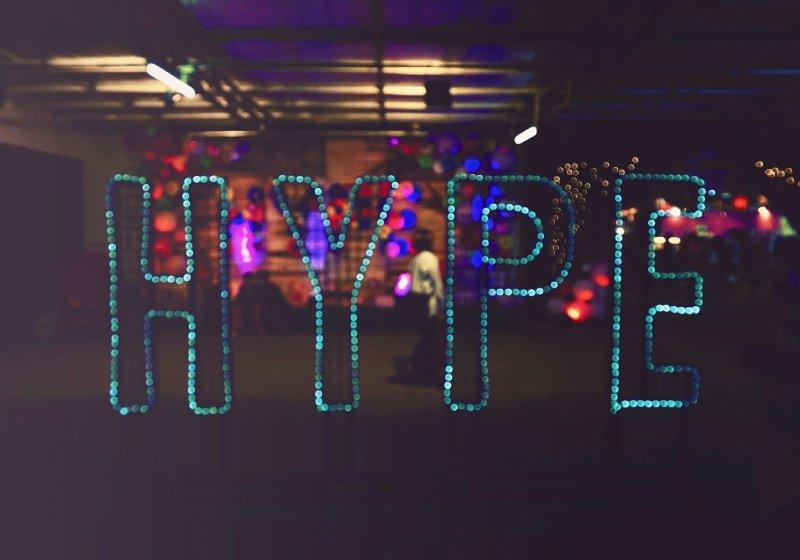 Hype-il-significato-di-una-parola-che-crea-aspettative