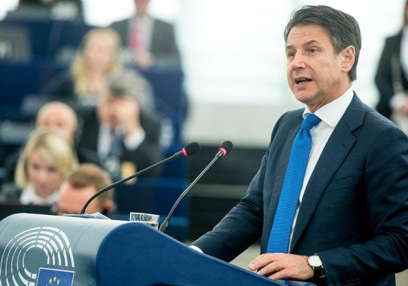 Nell'Italia delle mille crisi, le dimissioni di Conte sono un bene?