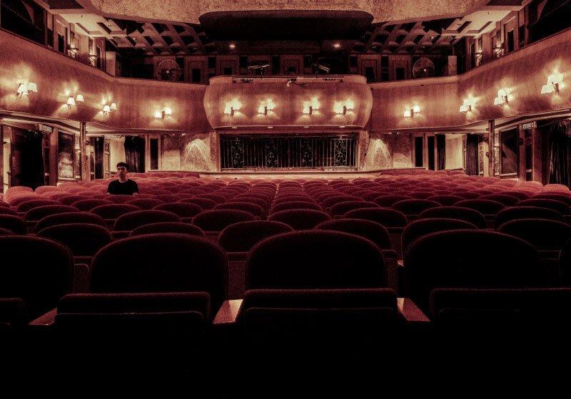 27 Marzo: giornata Mondiale del teatro. L'idea degli spettacoli in streaming per tenerlo vivo