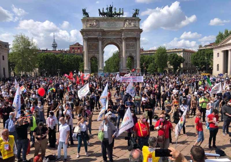 Manifestazione-a-Milano