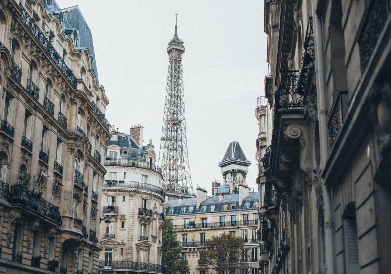 Tetti-Parigi-grigi